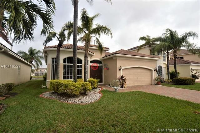 美国佛罗里达州朋布洛克派恩斯的房产,19387 sw 65th st,编号37513537