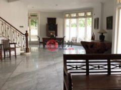 居外网在售印尼雅加达4卧3卫的房产总占地450平方米