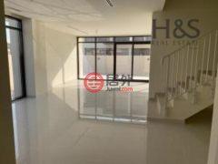 居外网在售阿联酋4卧4卫的独栋别墅总占地239平方米AED 12,500 / 月
