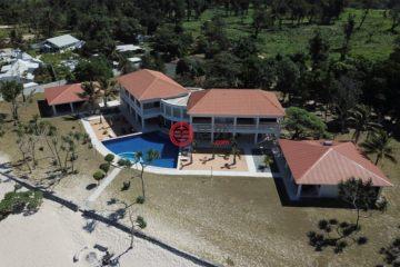 居外网在售瓦努阿图维拉港9卧6卫的房产总占地11平方米AUD 3,990,000