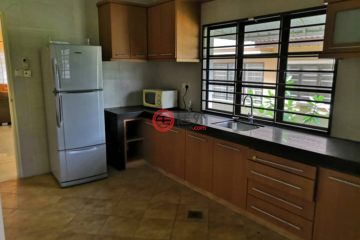 居外网在售马来西亚4卧4卫曾经整修过的房产总占地446平方米MYR 650,000