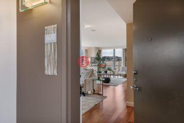 居外网在售美国3卧3卫曾经整修过的房产总占地557平方米USD 2,995,000