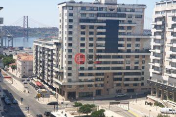 居外网在售葡萄牙3卧2卫曾经整修过的房产总占地110平方米EUR 525,000