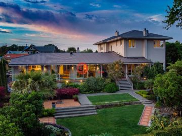 居外网在售新西兰4卧3卫曾经整修过的房产总占地1964平方米