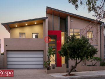 居外网在售澳大利亚North Coogee4卧3卫的房产总占地497平方米AUD 1,497,000