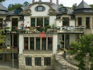 居外网在售德国6卧6卫的房产总占地2669平方米USD 1,990,000