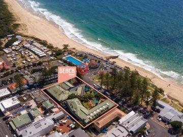 居外网在售澳大利亚拜伦湾总占地4585平方米的商业地产