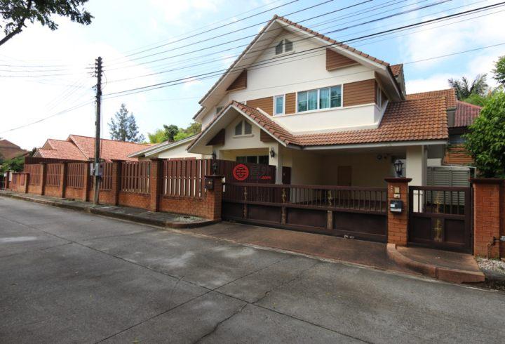 泰国清迈4卧4卫原装保留的房产